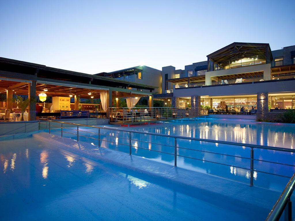Aqua Grand Hotel