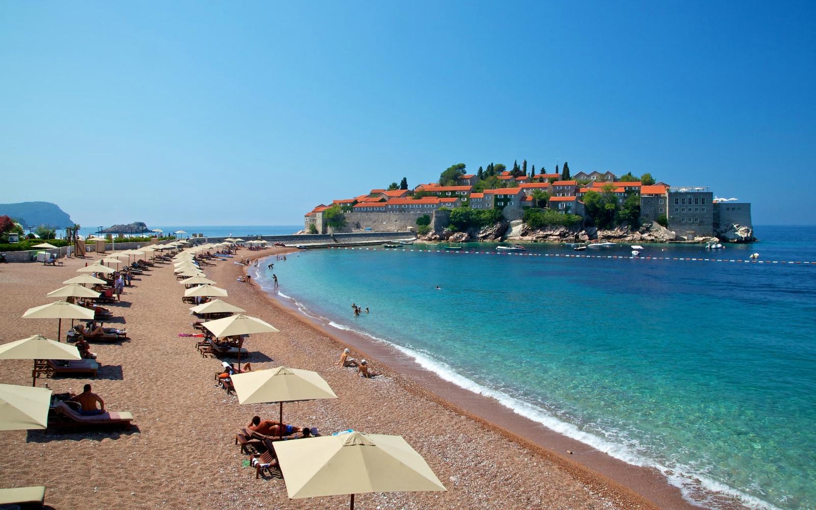 Уютная Черногория — это недорогой и качественный пляжный отдых на Адриатике